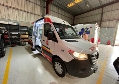 Jampur delivers ambulances and command vehicles to the airports of Nigeria