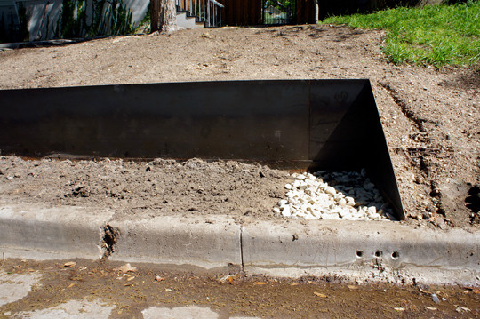 OES | Steel retaining wall