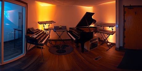 piano room pano 2 resize.png