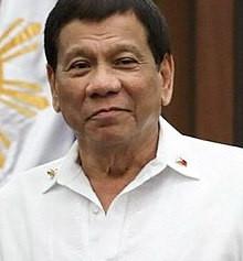 Duterte offers Filipino citizenship to Rohingya refugees