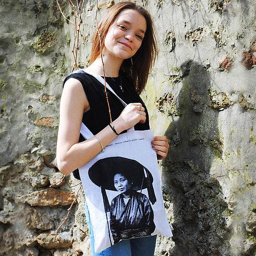 Tote bag - Femme au chapeau - Very Ngon - 39 cm x 29 cm