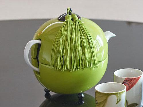 Tea pot warmer - Michele de Albert - Laque verte