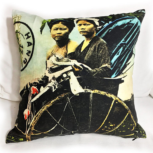 Coussin zip en couleurs - Tonkin Cyclo Pousse - Very Ngon - 45 cm x 45 cm