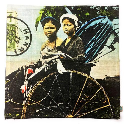 Enveloppe de coussin zip en couleurs - Tonkin Cyclo Pousse - Very Ngon  45 cm x