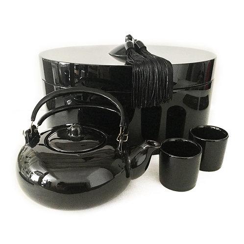 Coffret ovale avec théière et tasses noires - Michele de Albert - Laque noire