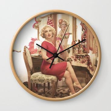 junk-shop-32876005-wall-clocks.jpg