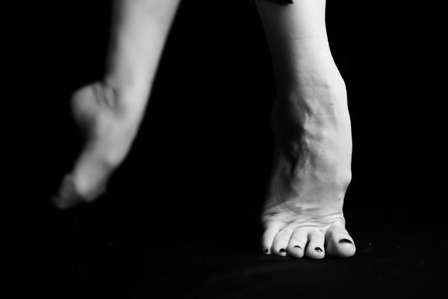 Leah Marie - Kirsten's Legs-15.jpg