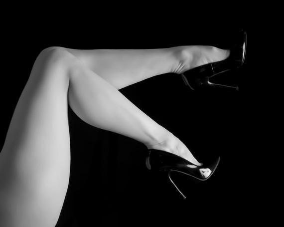 Leah Marie - Kirsten's Legs-6 copy.jpg