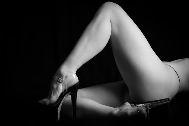 Leah Marie - Kirsten's Legs-4_edited.jpg