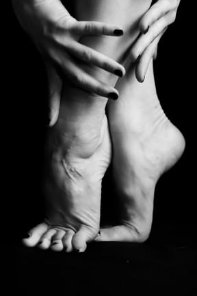 Leah Marie - Kirsten's Legs-14.jpg