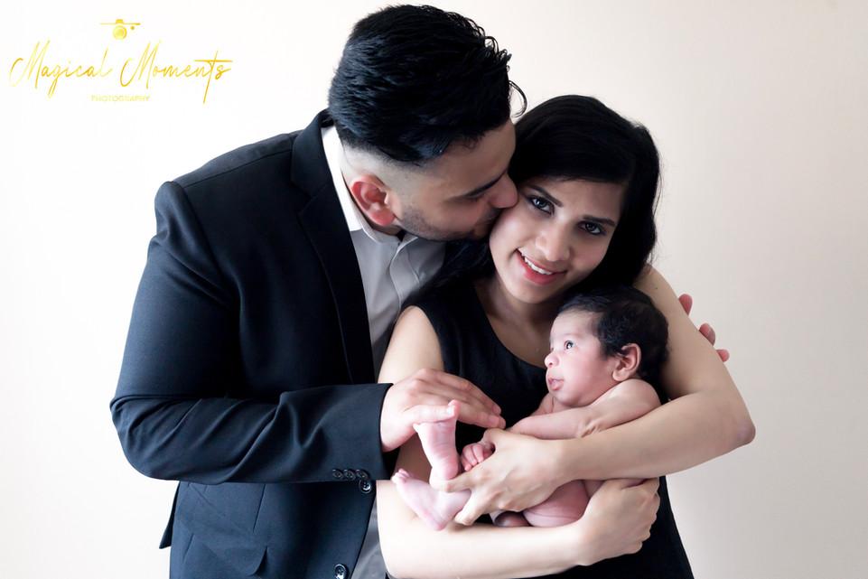 magical moments photography wedding, engagement, xmas photoshoot, newborn, family, materni