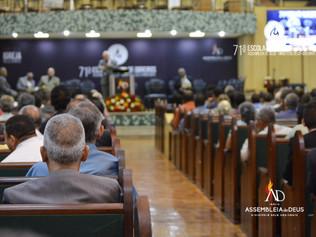 ADBH realiza a 71º edição da Escola Bíblica de Obreiros