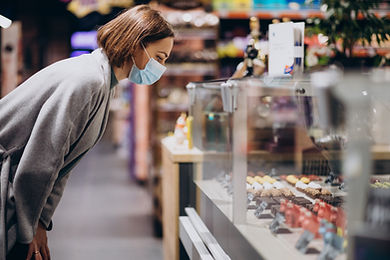 woman-wearing-face-mask-shopping-grocery