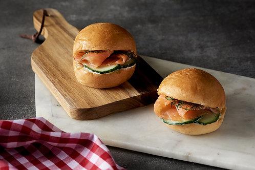 Mini salmon brioches platter (12 pieces)