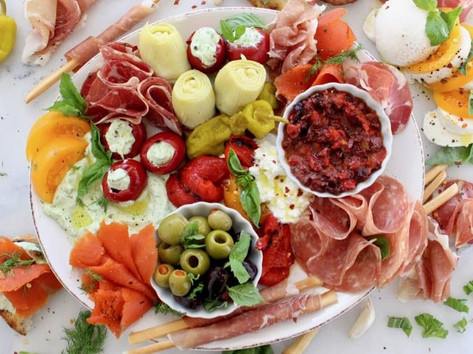 Antipasto platter for 10 pers : $79.90