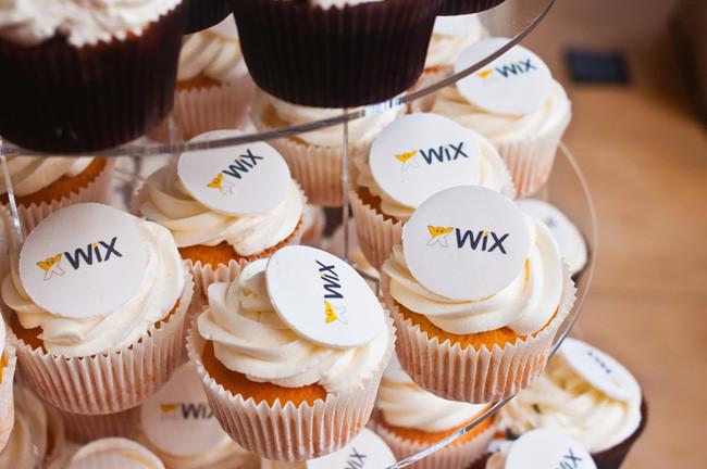 «Вкусное» сотрудничество с кондитерской LaCupcake на Wix-семинаре в Москве