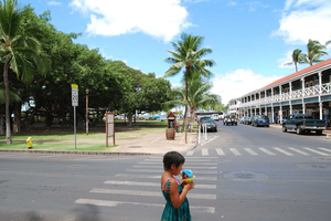 girl eating ice cream in Hawaii