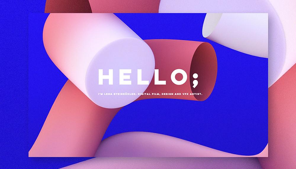 """Captura de tela da página inicial da designer Lena Steinkuhler. Tela de fundo azul cobalto, com formas cilíndricas em tons de rosa, e a palavra """"Hello"""" ao centro, com a apresentação da designer abaixo."""