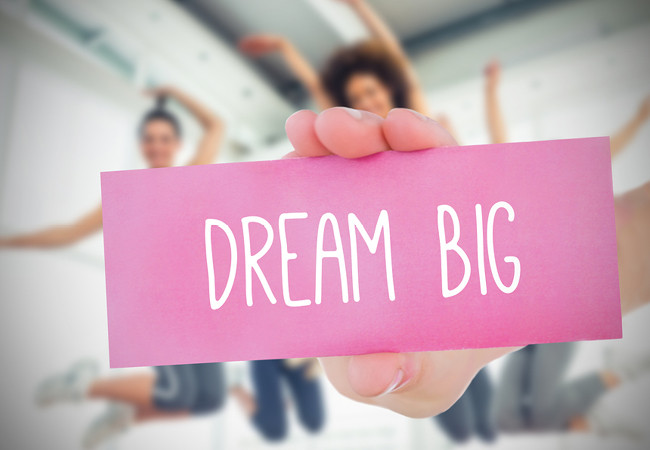 DREAM BIG : image Bigstock