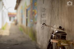 bike leaned against the wall