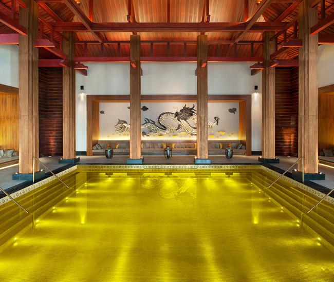 Золотой бассейн, Лхаса, Тибет