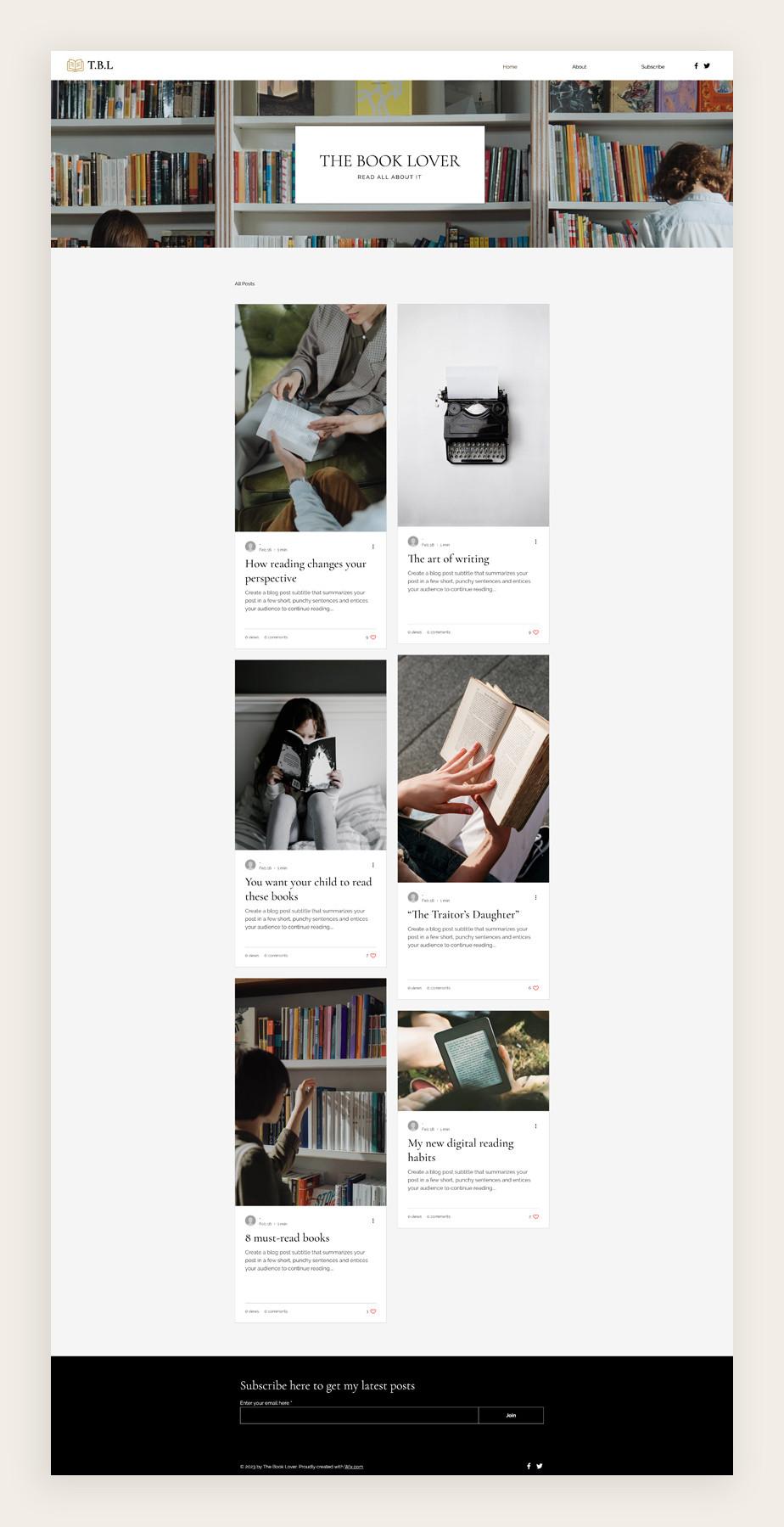 문학 블로그 템플릿에 사용된 정돈된 책꽃이와 책을 읽는 사람의 모습