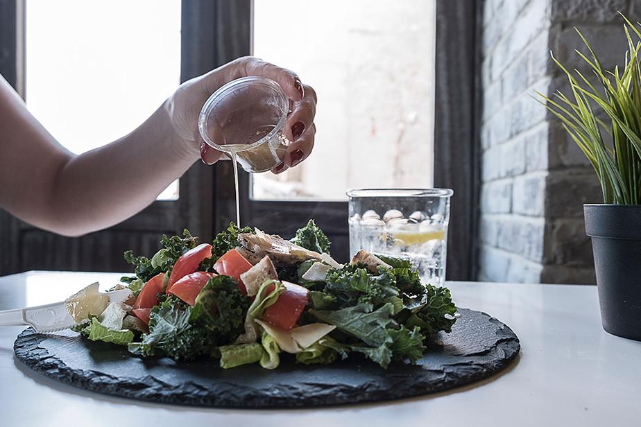 porady dotyczące fotografii żywności naturalne światło