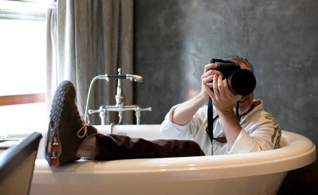 Photographe dans sa baignoire