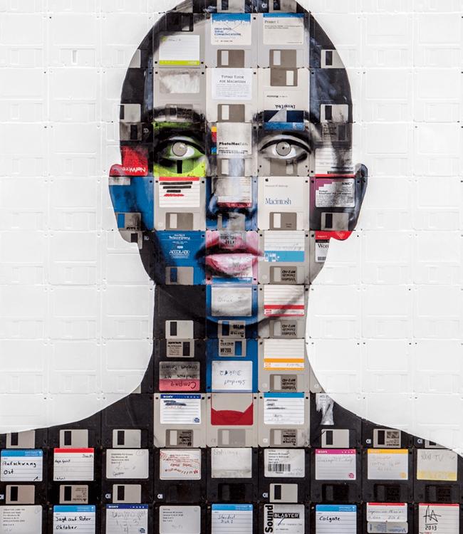 портрет из дискет