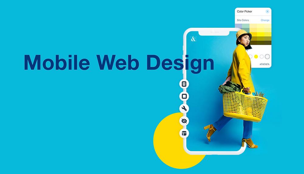 Mobile web design su sfondo azzurro con una donna che fa la spesa