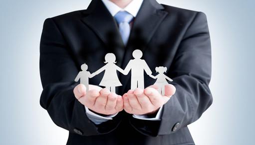 Cómo Trabajar con tu Familia y No Morir en el Intento