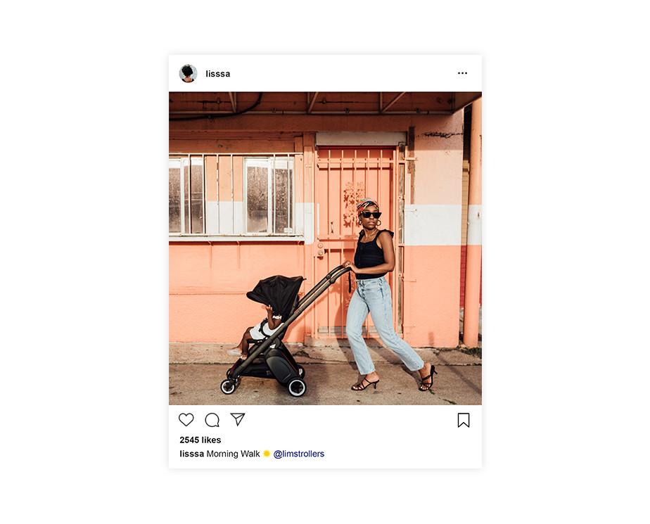 선글라스와 검은색 탑을 입은 여성이 유모차를 끌고 가는 인스타 그램속의 이미지