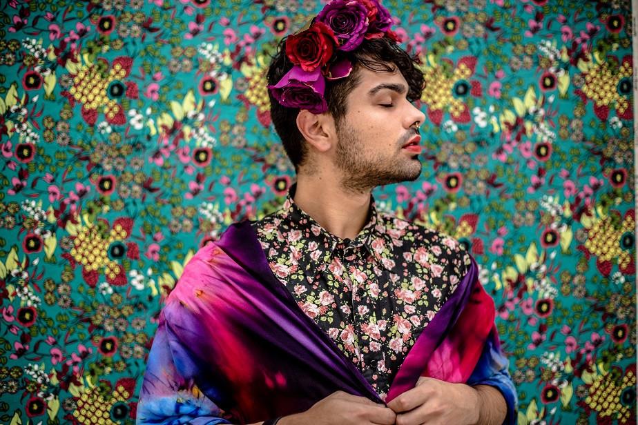 portrait of a man dressed as frida kahlo by wix photographer camila fontenele