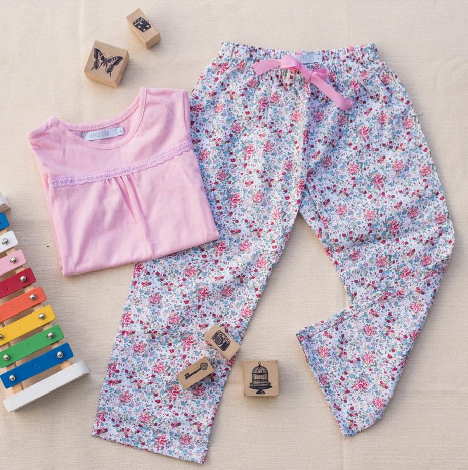 Foto de pijama de niña de Marcela Falcone