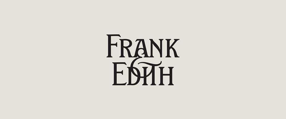 텍스트 오버랩 스타일의 로고 디자인 이미지