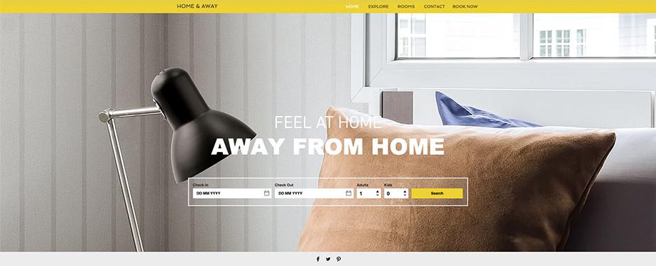 Una página web de reserva de hoteles en la cual se ve una almohada de color y una lámpara de color negro. marrón