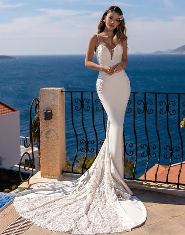Daria - Fit&Flare Wedding Dress