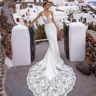 Thira Wedding dress