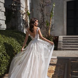 Boho wedding dress4.jpg