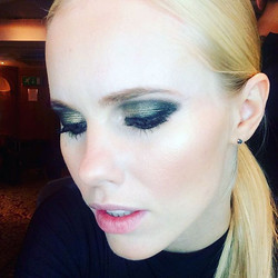 Smith #gold #smokeyeye from the other night #desgrisogono #jewellery #mayfair #mua #makeup #makeupar