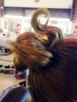 swan hair