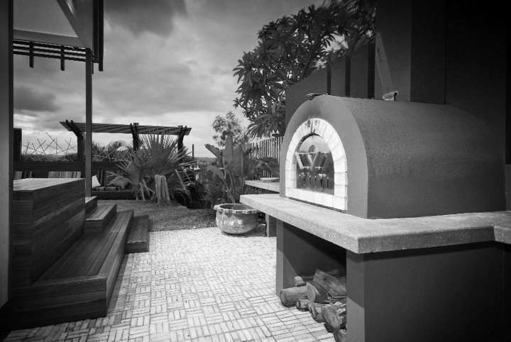pizza oven_edited