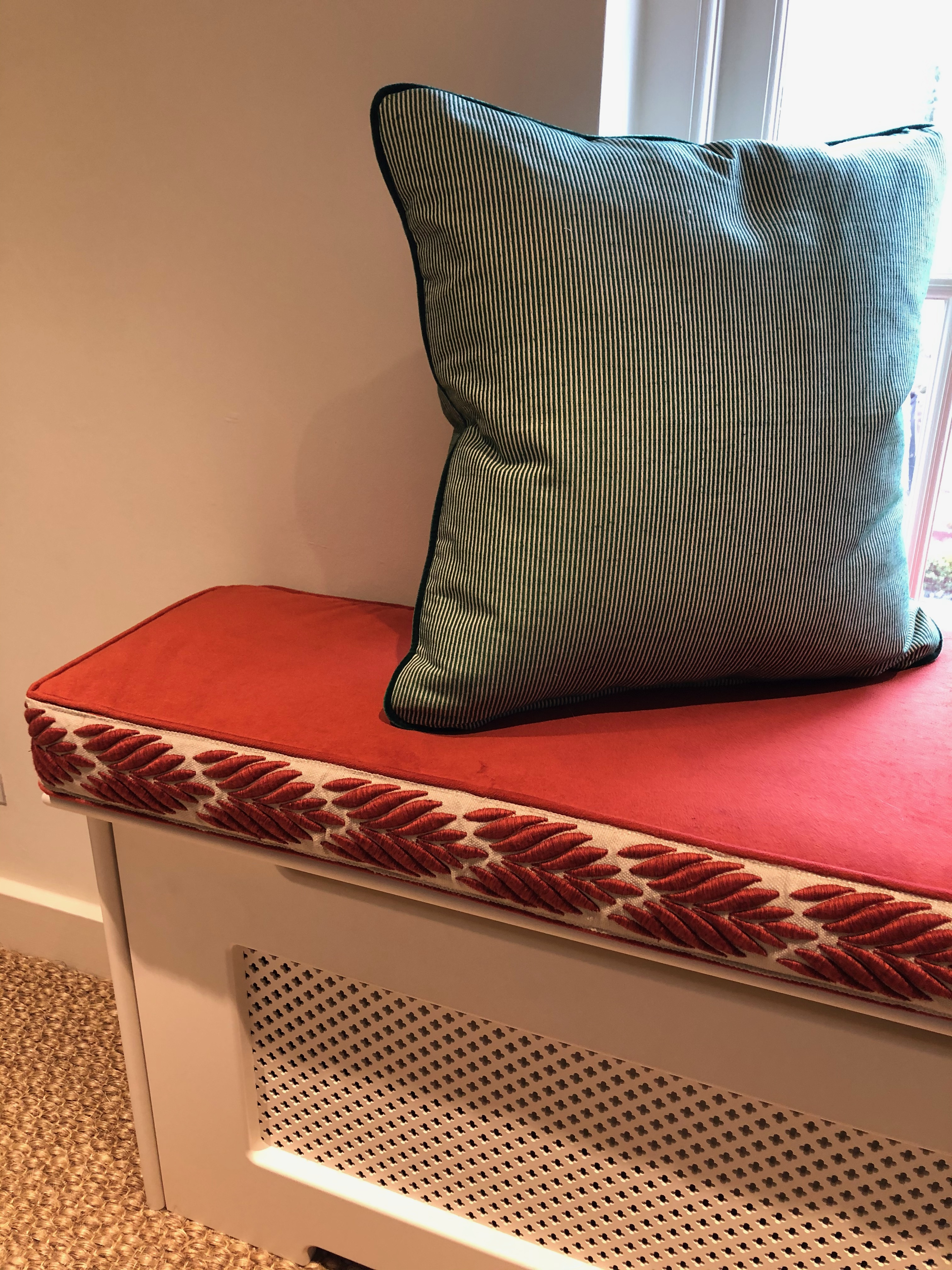 Radiator Cover Seatpad
