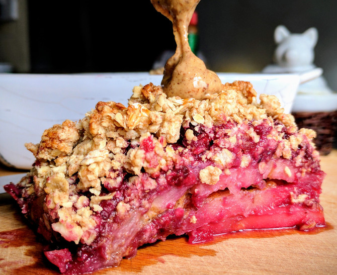 Apple, Berry and Almond Crumble