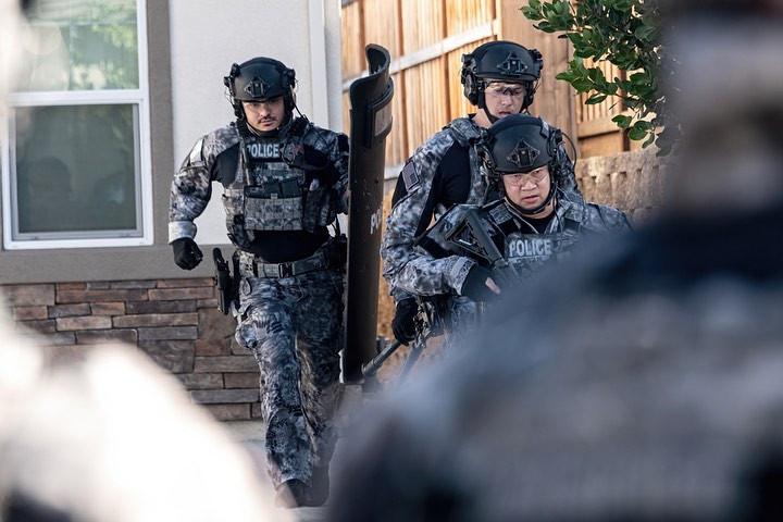 SWAT Team in Kryptek Tarnmuster (Quelle: Kryptek, Instagram)