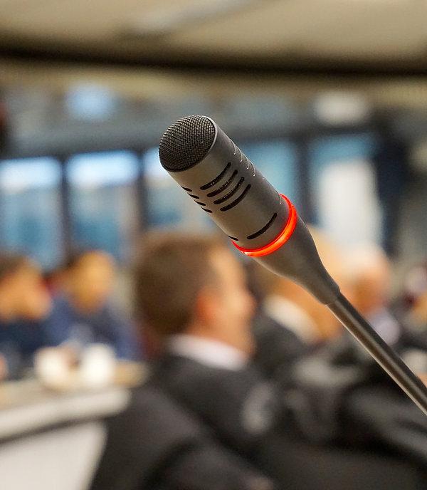 Microfono acceso
