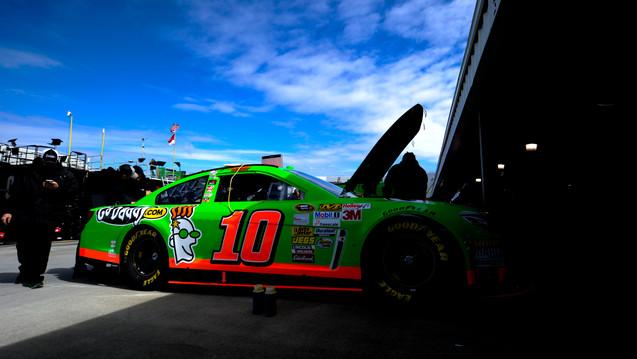 Jprice_NASCARMartinsville_2013-2926.JPG