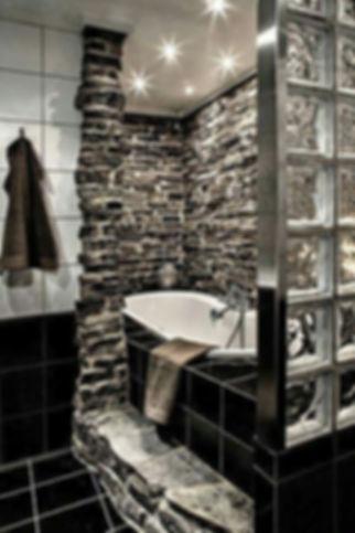 Bathroom Photo 8.jpg
