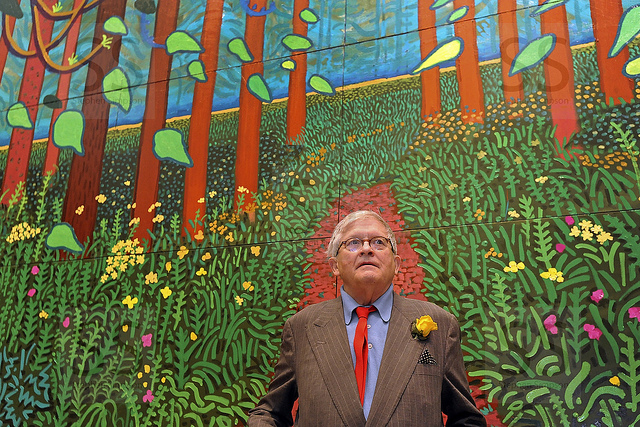 Mr. Hockney in front of his work