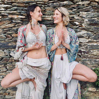 Lola Angual Yoga Angelina Junier Ardeche yoga 07.jpg